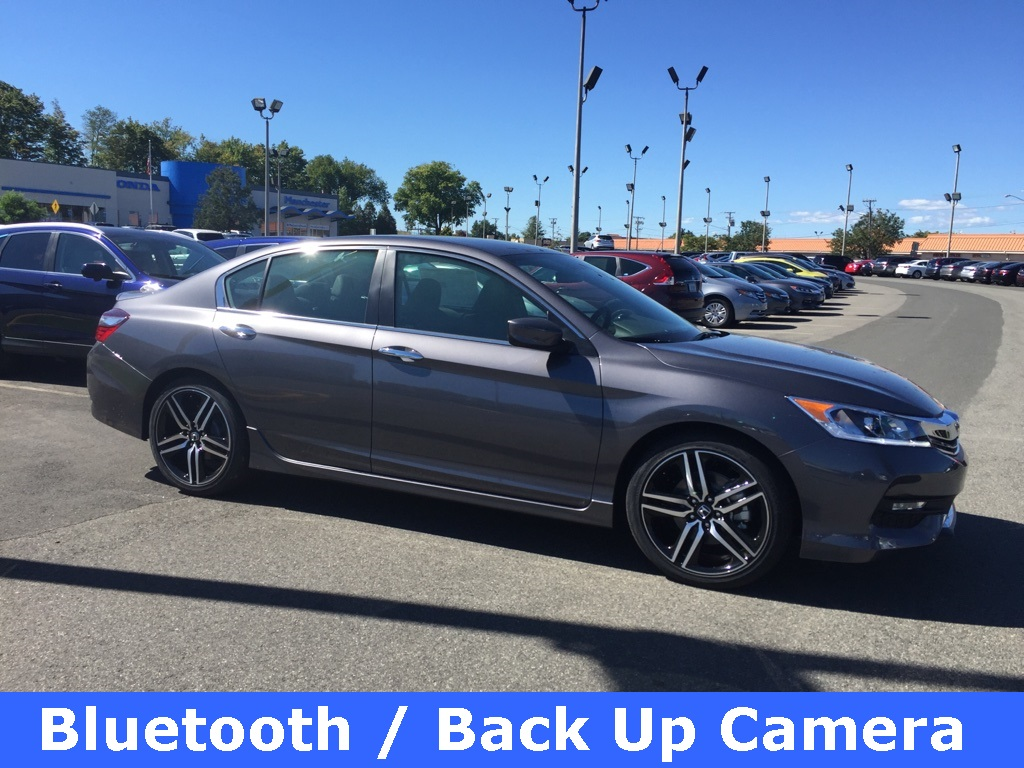 New 2017 honda accord sport special edition 4d sedan in for Manchester honda service